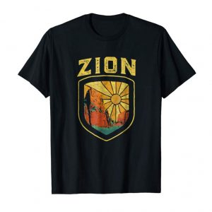 Trends Zion National Park Vintage Badge Retro Graphic Shirt
