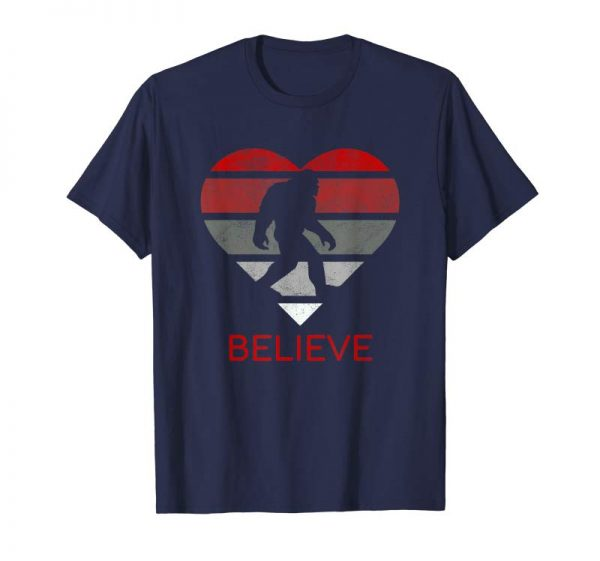Trends Funny Heart Valentines Day Love BigFoot Believe T-Shirt