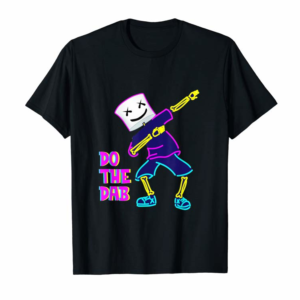Cool Dancing Dj With Goofy Marshmallow Face For Clubbing DejaVu T-Shirt