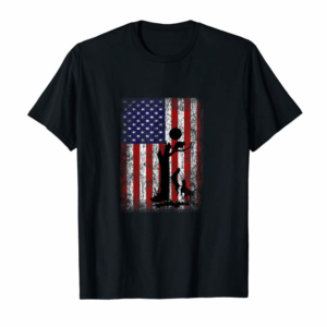 Trending Patriotic Coon Hunting Dogs American Flag T-Shirt